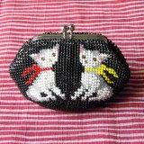 ビーズ編み財布【全面ビーズ】2匹の猫